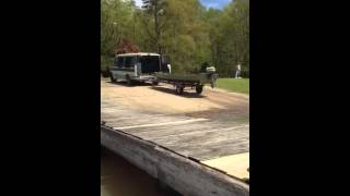 Guy freaks out after attempt #20 to launch his rowboat!!