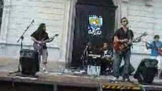 Foo Fighters - Learn to fly cover live Alassio