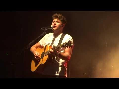 Niall Horan - Fools Gold - 10/0/17 Sydney Flicker Session #4 HD