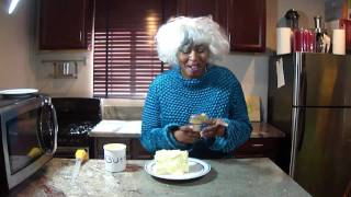 Paula Deen cooks with gallons of butter. She even Deep Fried a Chee...
