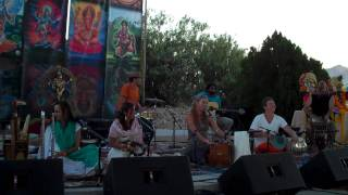 "Suzanne Sterling Performing ""My Love Is Sweeter Than Honey"" at Bhaktifest 2010"