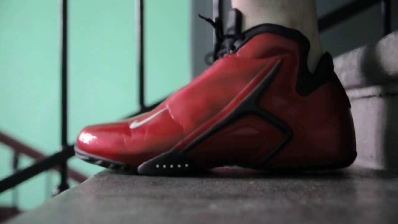 2001 Nike Air Hyperflight ''Varsity Red