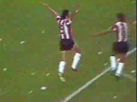 River Plate Golazo de Luque 70's