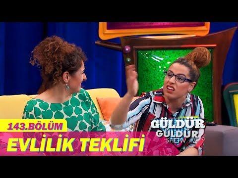 Güldür Güldür Show 143. Bölüm, Evlilik Teklifi Skeci