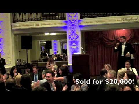 Justin Swisher Auctions-2012 American Music Awards.m4v