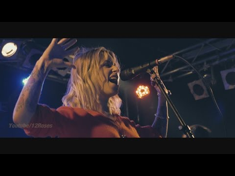 "Gin Wigmore (live) ""New Rush"" @Berlin Oct 11, 2015"