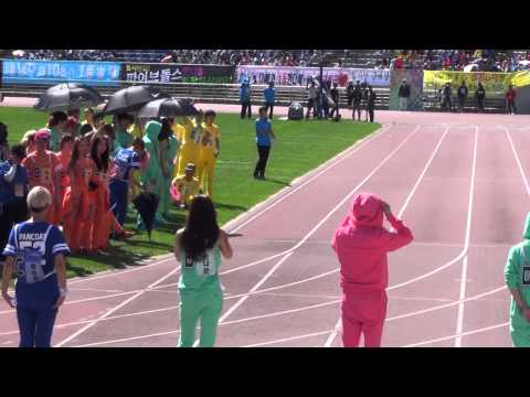 20130903 A-PINK NaEun MissA Suzy 100m @ Idol Sports Athletics Championships