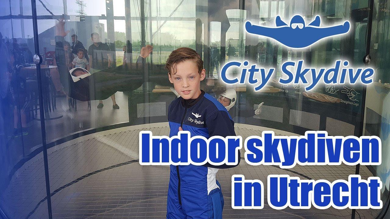 Indoor skydiven bij City Skydive Utrecht - YouTube