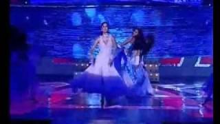Hot stage performance of Katrina kaif