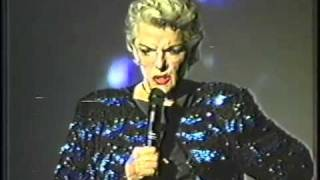 JANE RUSSELL wows the crowd singing 3 SONGS live!- 7/2004/ CASTRO THEATRE SF