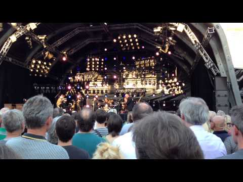 Van Morrison live Stuttgart 2014 (So quiet in here, Queen of the Slipstream)