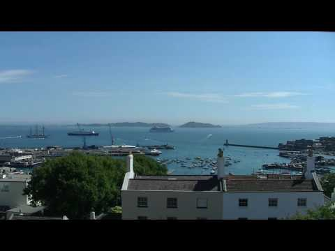 A Day In The Life Of St Peter Port - (You Should Visit Guernsey!)