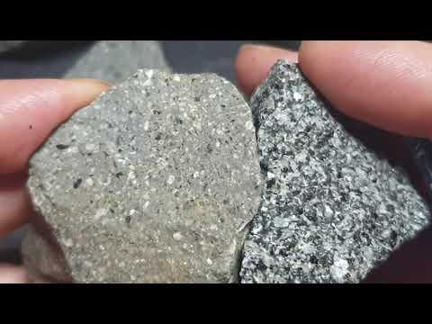 Geology: Andesite Vs Diorite