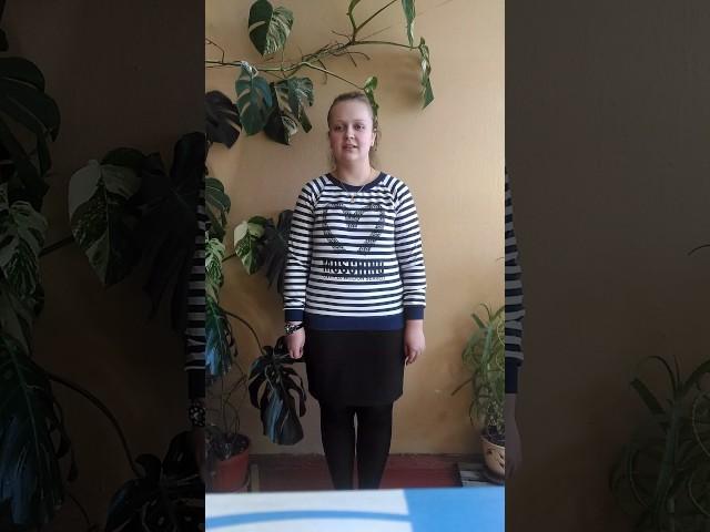 Изображение предпросмотра прочтения – АлинаГурьянова читает произведение «Она сидела наполу…» Ф.И.Тютчева