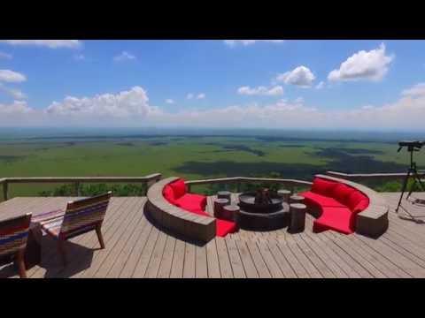 Angama Mara - Luxury Kenya Safari Lodge