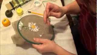 Вышивка лентами для начинающих. Ромашка (часть 2)