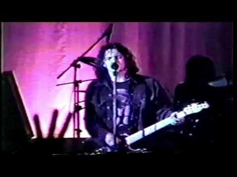 Pearl Jam - Small Town (SBD) - 4.12.94 Orpheum Theater, Boston, MA