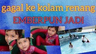 Download Video berenang di ember, gaya batu MP3 3GP MP4