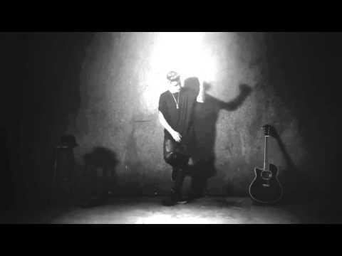 Justin Bieber - What's Hatnin' ?