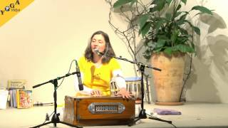 Mantras singing Jaya Ganesha with Katyayani