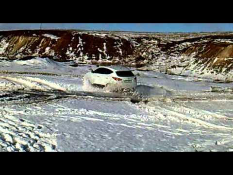 Hyundai ix35 тест на скольжение