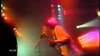 Pooh - Dove sto domani (live da Palasport 1982).flv