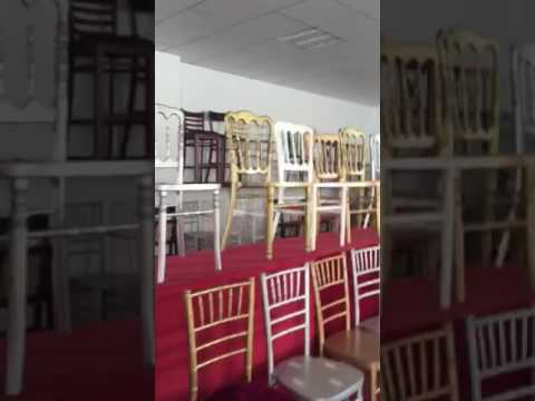 chairs showroom