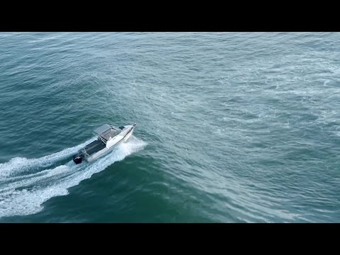 New Zealand Bar Crossing - How to cross a bar safely in a trailer powerboat