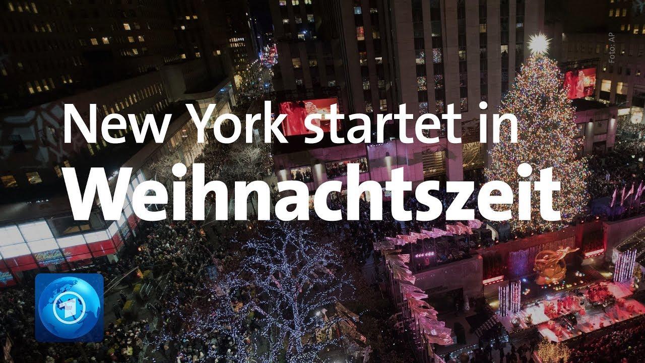 Wo Steht In New York Der Weihnachtsbaum.Weihnachten In New York Baum Am Rockefeller Center Leuchtet