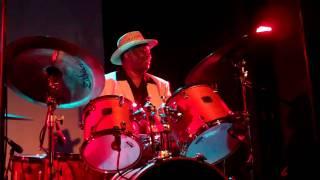 Bernard Purdie Drum Solo.