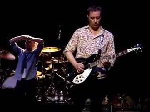 R.E.M. Dublin 04/07/07 These Days