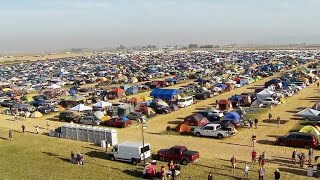 Thousands pour into campsite ahead of eclipse