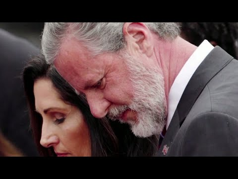 Download Jerry Falwell Jr.'s business partner alleges affair with the evangelical leader and his wife