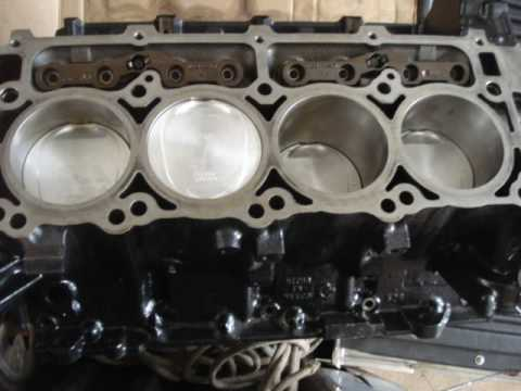 Motor 5 7 Hemi Mopar Hot Parts Youtube