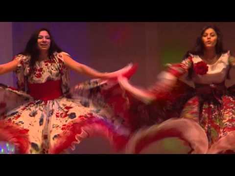 видео: Зажигательный цыганский танец