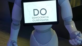 Un robot pide el voto para Democracia Ourensana