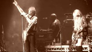 RICHIE SAMBORA & ORIANTHI (RSO) - Lay Your Hands On Me (Live in Dublin)