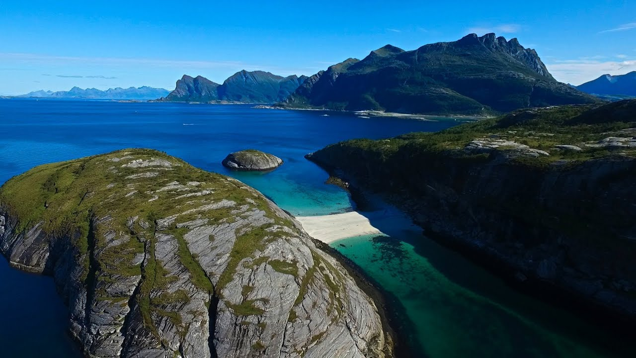 Hovdsundet beach outside Bodø city