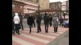 Инвесторы недостроев перекрыли дорогу(, 2013-02-13T17:53:26.000Z)