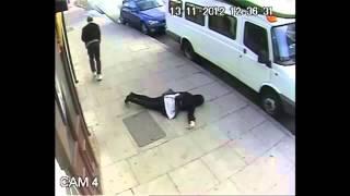 Непонятное нападение на девушку!