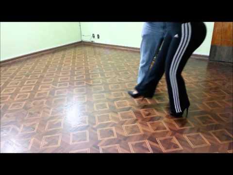 Trechos de aula de Tango no Étnica Beleza e Bem Estar