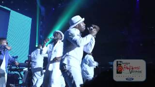 Teddy Riley Pays Tribute to Johnny Kemp w/ Musical Performance