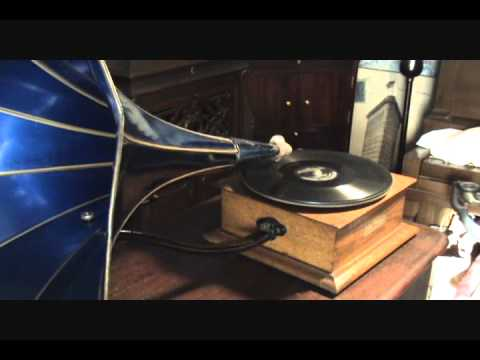 1906 Harmony Type D Phonograph Playing He Walked Right In Turned Around Ragtime Bob Roberts
