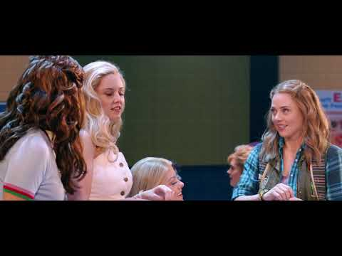 A New Lewk Into North Shore High! | Mean Girls On Broadway