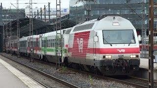2011-11-01 [VR] Sr2 3226 + Passenger cars, IC 109