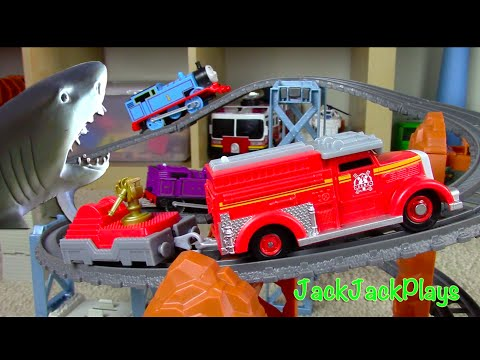 Thomas & Friends Trackmaster Toy UNBOXING Playing: Sharks Matchbox Trucks Flynn Ryan Toys Review