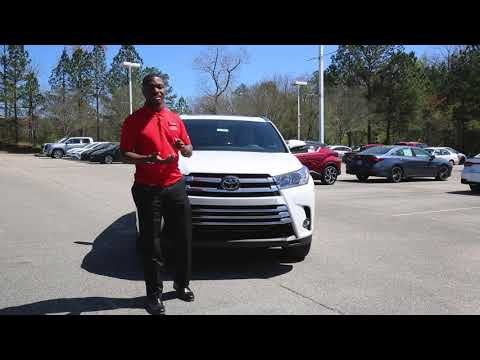 New 2019 Toyota Highlander Hybrid Limited With Navigation & AWD
