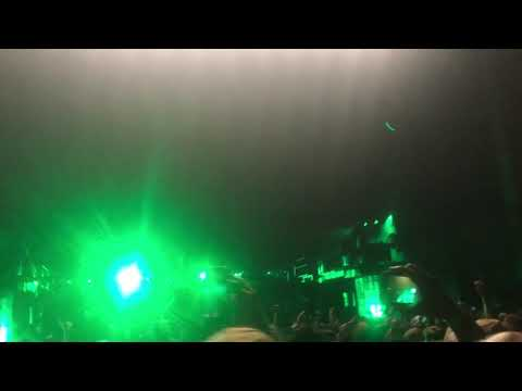 """Corey Taylor Gets Pissed (Start of """"Get This"""") Knotfest 2019"""
