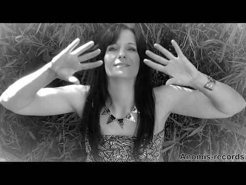 SIMONA- Hör Nie Auf Deine Großen Träume Zu Leben (offizielles Video)