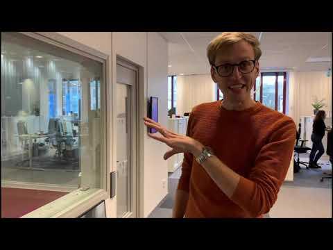 Följ en journalist bakom kulisserna! | Sveriges Radio